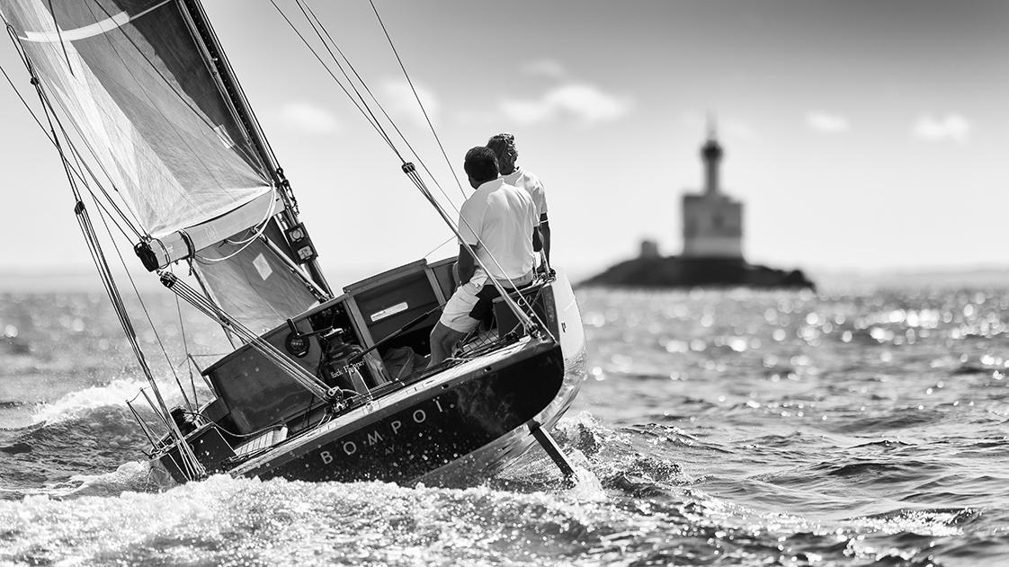 Photographie de bateau en bois en Bretagne
