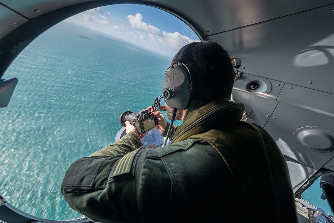 Photographie de paysage à partir d'un avion en mer