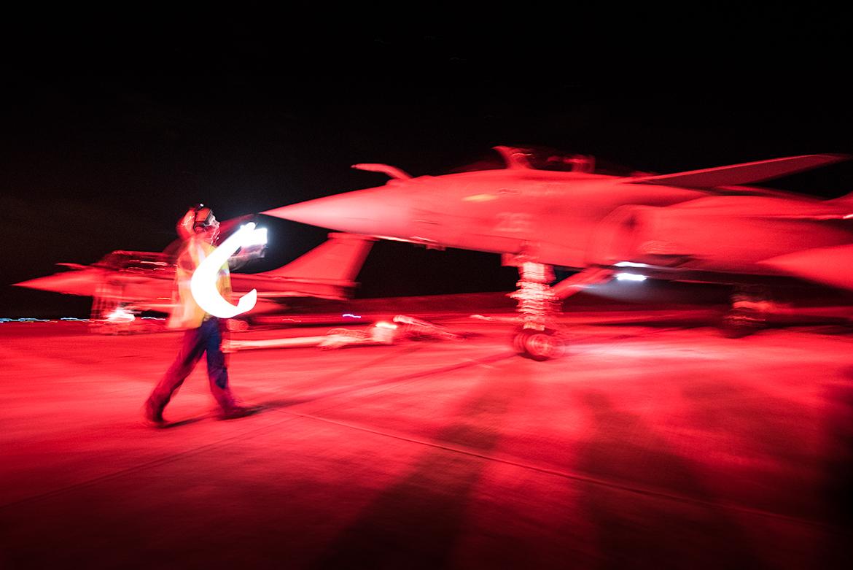 Photo d'avion au décollage