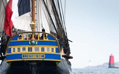 Photographies de l'Hermione en mer
